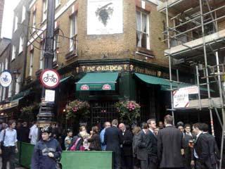 Ye Grapes Pub 16 Shepherd Market Mayfair London W1j7qq